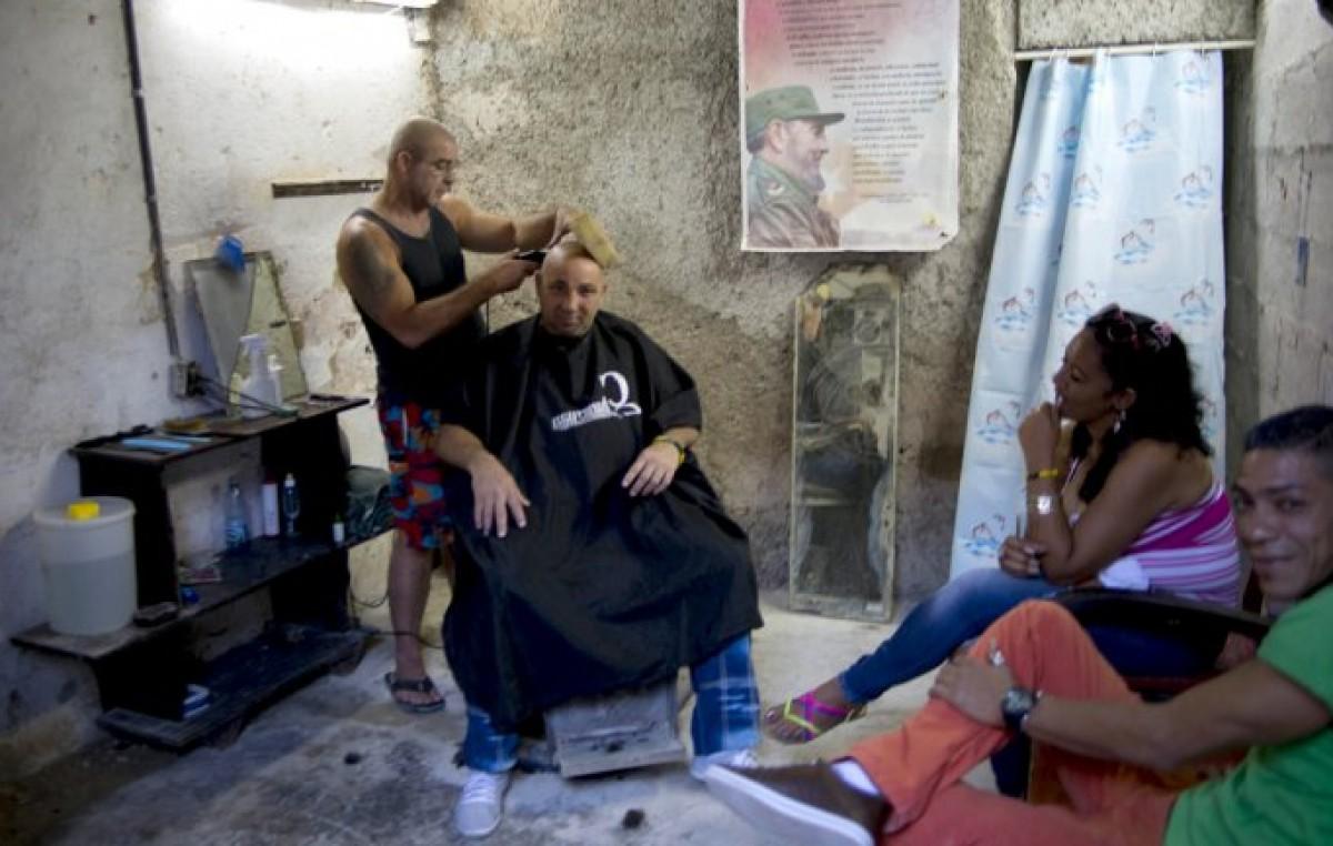 Cuba recortó casi 600 mil empleos en el Estado desde 2009