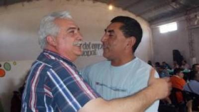 El intendente Olveira otorgó aumento a empleados municipales de Los Altos