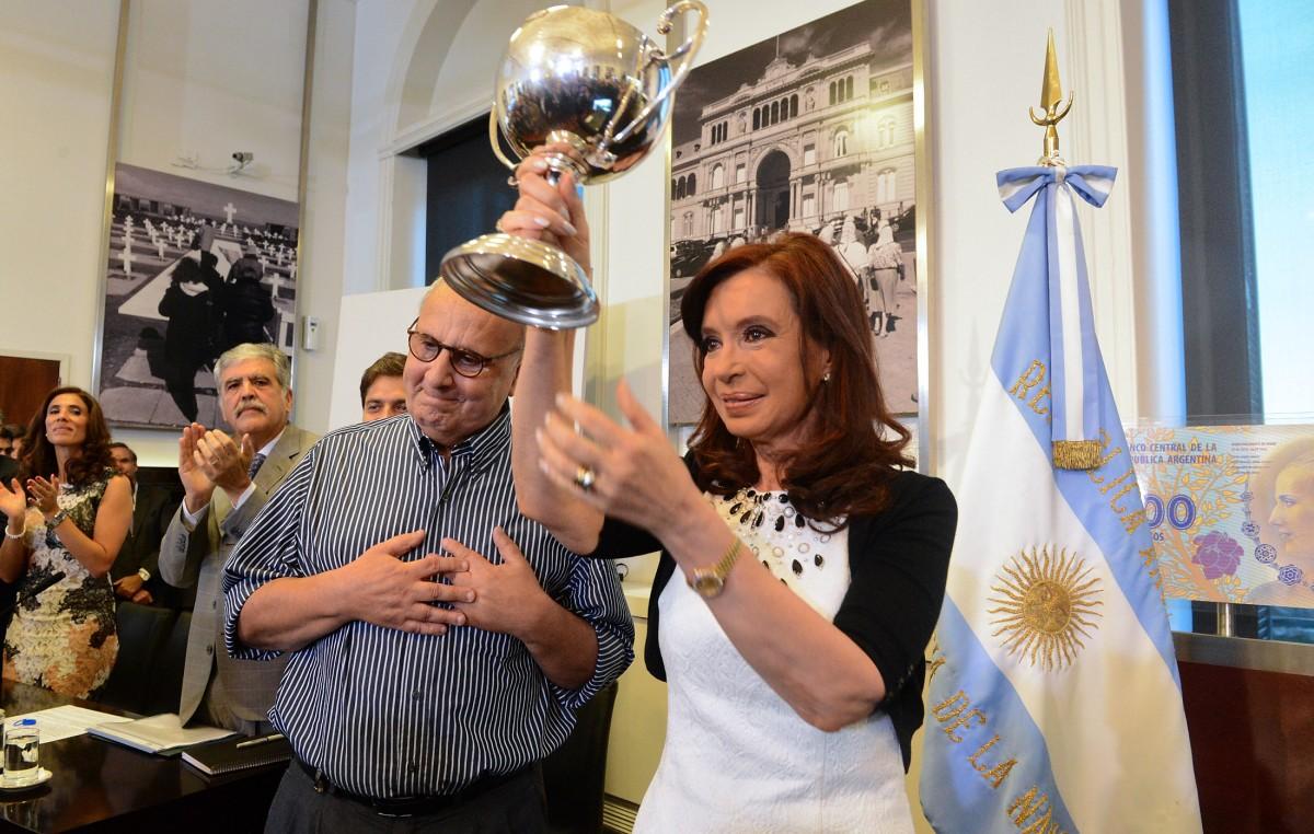 """""""Hacer volar al Gobierno es hacer volar a la Argentina"""""""