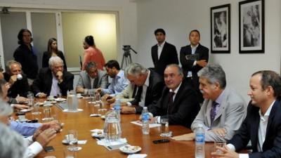 De Vido se reunió con intendentes bonaerenses por la evolución de la construcción