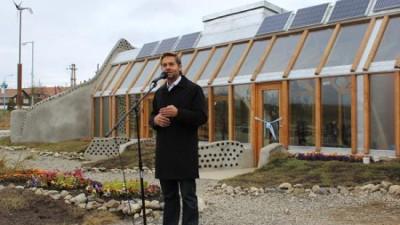 Ushuaia: El intendente Sciurano inauguró la Estación Experimental Nave Tierra