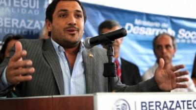 """Intendente de Berazategui aseguró que la inseguridad """"es un tema pendiente de Scioli"""""""