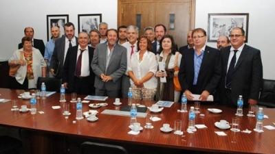 Cónclave de intendentes y legisladores bonaerenses para ratificar alineamiento con La Rosada