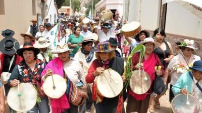 Es Jueves de Ahijados y el Carnaval toca la puerta en Jujuy