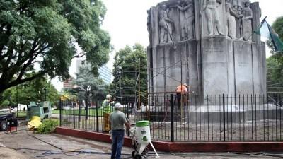 El municipio platense pondrá en marcha programa de recuperación de estatuas y monumentos