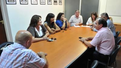 Madryn: Seyom acordó con el Municipio un aumento en la ayuda escolar