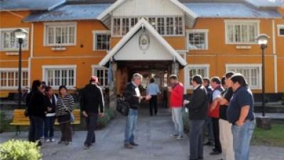 Junin de los Andes: Conflicto con municipales por el pago de la Fiesta del Puestero
