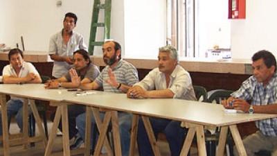 Sin avance en la negociación, municipales de Esteban Echeverría piden aumento del 35%