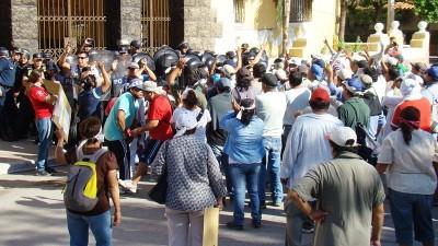 Municipales sampedreños regresaron a los reclamos