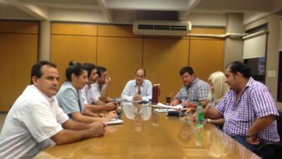 Misiones: Municipales acordaron un aumento de 600 pesos al básico