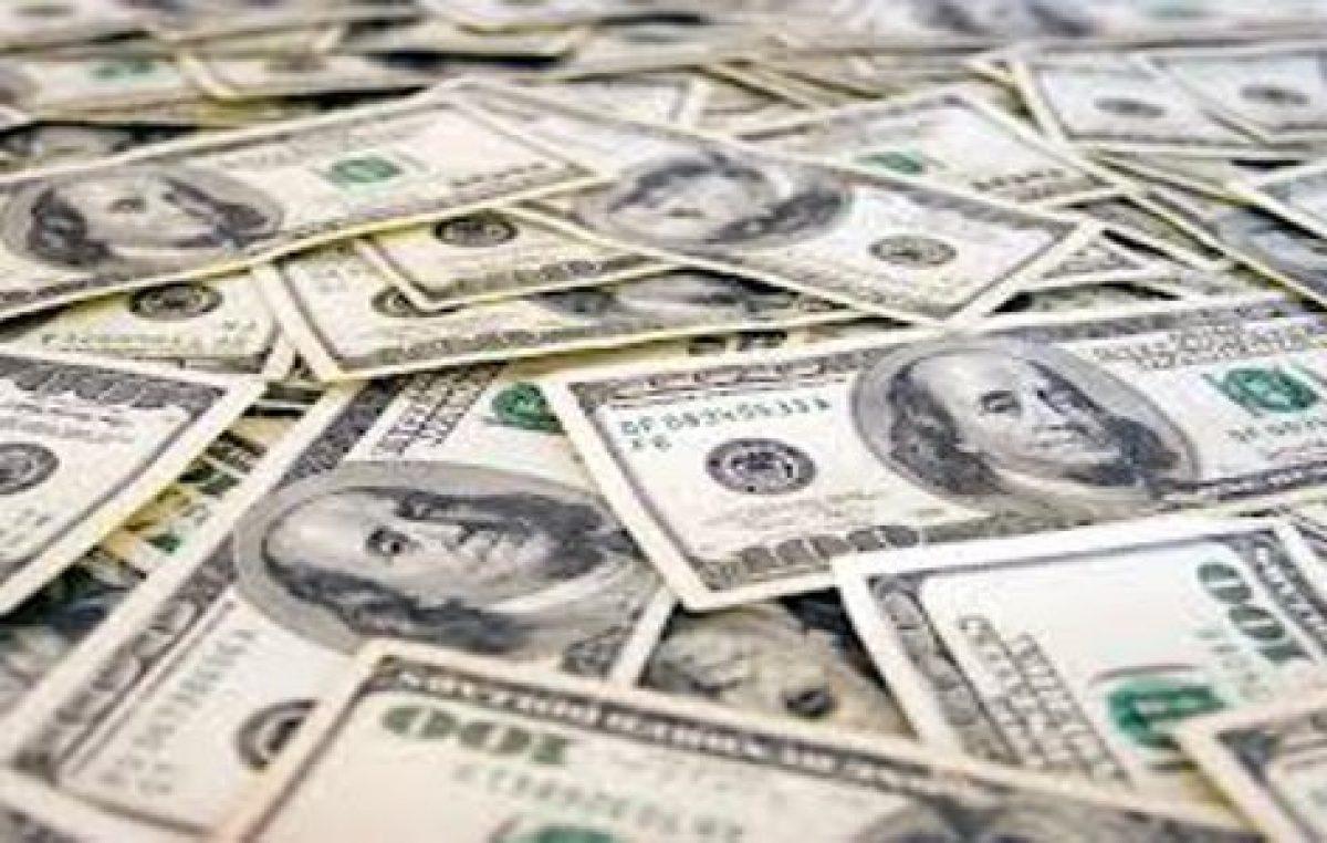 Perspectiva negativa para deuda en dólares de provincias y municipios