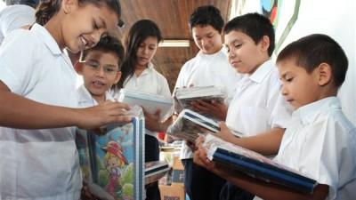 El Gobierno oficializó el aumento de la asignación por ayuda escolar
