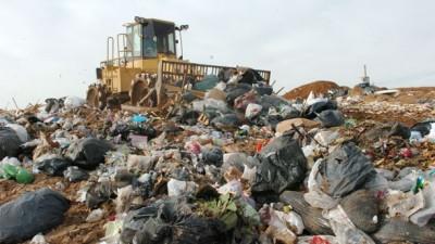 Entregan 5 millones de pesos a Municipios entrerrianos para atender el problema de la basura