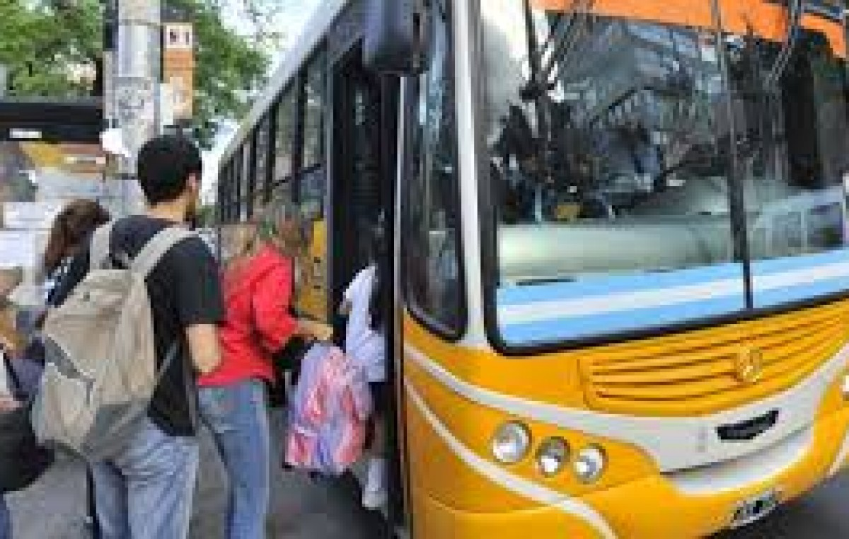 La UCR aprobará hoy la suba del boleto en Cordoba