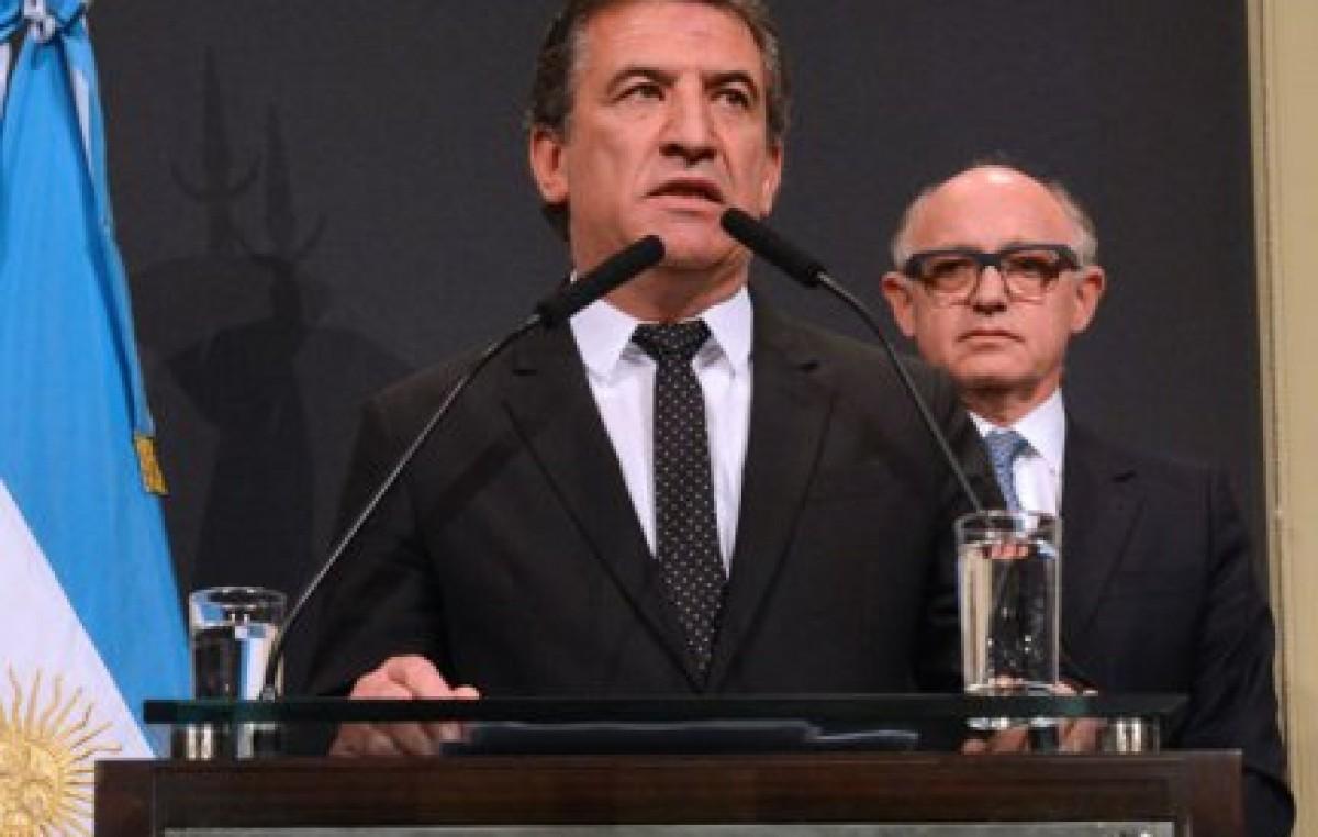 Urribarri comunicó a intendentes su decisión de ser candidato a Presidente de la Nación