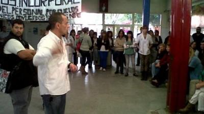 Nuevas asambleas municipales en Córdoba con concentración de empleados de la salud