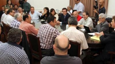 Santa Fe: El gremio de los municipales rechazó el 26% escalonado, pero seguirá negociando