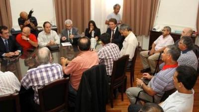 Santa Fe: Nadie tiró números sobre la mesa en la paritaria municipal