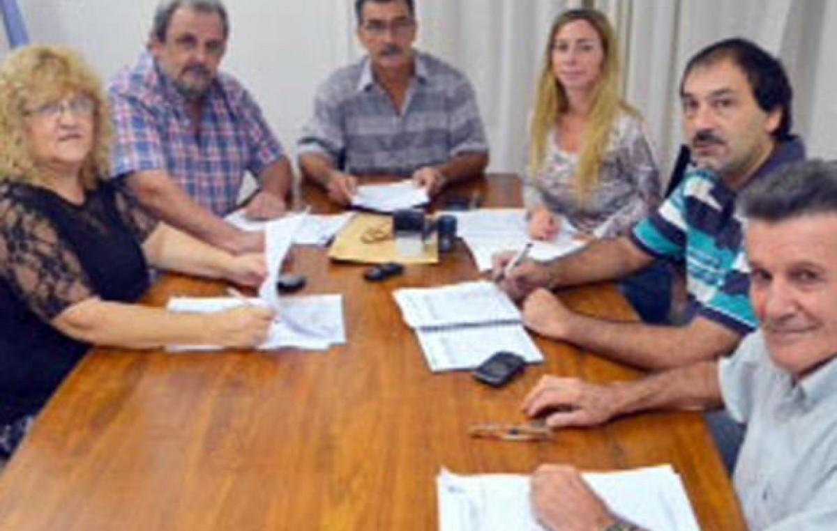 Los concejales de Baigorria donan parte de la dieta para ayudar a los bomberos