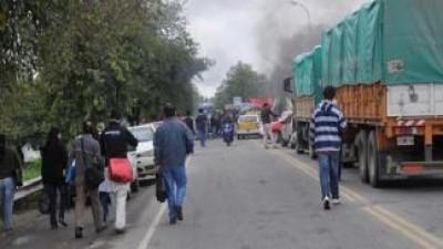 Tucuman: Municipales protestaron en rutas y calles
