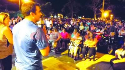 Fernández otorgará el incremento del 25% a los empleados municipales