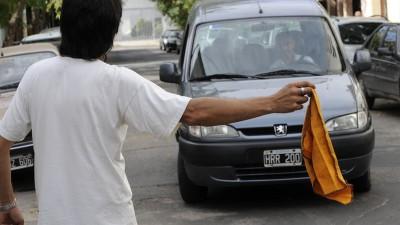 La mafia de los trapitos recauda 12 millones de pesos al mes en Capital