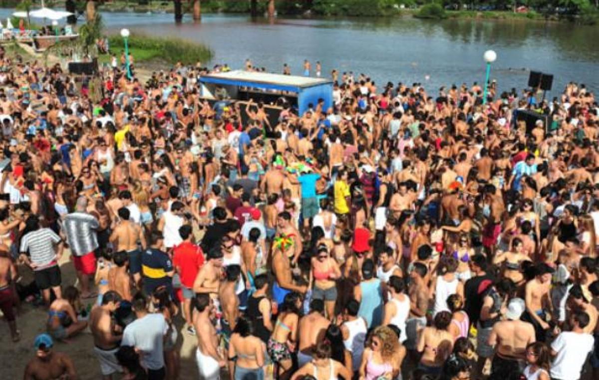 Los turistas gastaron 2 mil millones de pesos en el feriado de Carnaval
