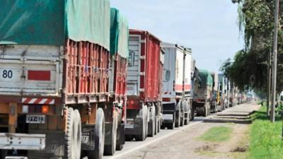 Tensión en Timbúes frente al próximo aluvión de camiones