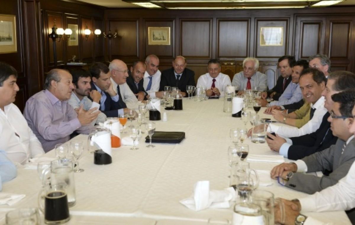 Buenos Aires: Profundizan operativo contención con intendentes de la 5º y la 7º