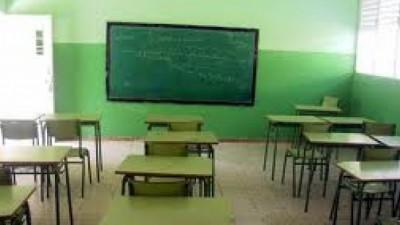 """Intendentes del FPV pidieron a los gremios docentes que """"vuelvan a clases"""""""