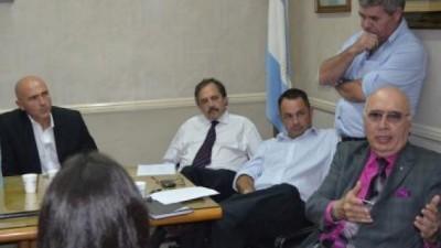 Intendentes y legisladores radicales ratificaron su oposición a la Policía Local