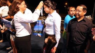 Gobernadora de Catamarca entregó 30 viviendas en Chumbicha