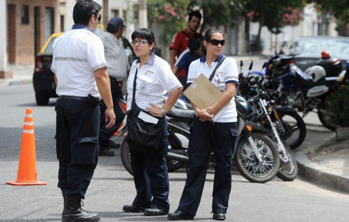El municipio en Rosario ya controla el ingreso de las escuelas