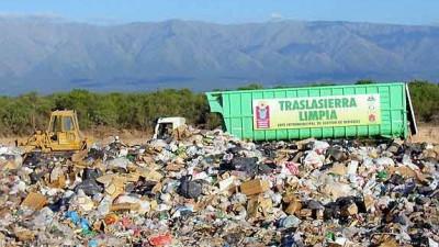 El intendente de Villa Dolores exigió a Ambiente que clausure Vertedero de Traslasierra