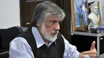 El Intendente de Caleta Olivia pidió que el Gobernador se reúna con los intendentes