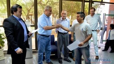 A través del Municipio de Corrientes incorporan jóvenes al mercado laboral