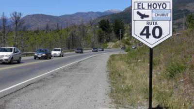 Chubut: Buena recepción de los carteles de la Ruta 40