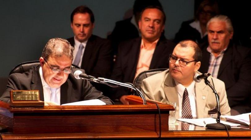 El intendente de la municipalidad de la Capital, Raúl Jalil dio inició al acto de apertura del periodo de sesiones ordinarias 2014.