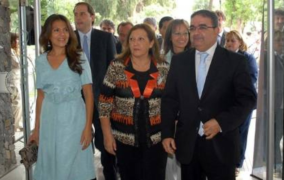 El Intendente de Catamarca anunció un mes de licencia por paternidad a los municipales