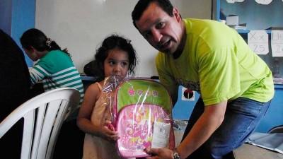 SOyEM Bariloche entregó útiles escolares para los hijos de sus afiliados