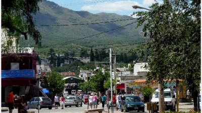 Capilla del Monte: concejales recurren al TSJ contra decretos del intendente Sez
