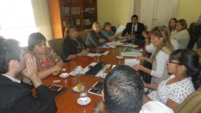 Docentes municipales de Catamarca acordaron incremento salarial