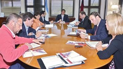 Salta: Más de 100 consejos barriales recibirán ayuda económica para iniciar sus proyectos