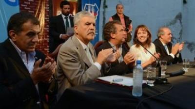De Vido anunció inversión de más de 150 millones de pesos en repavimentación de calles en Paraná