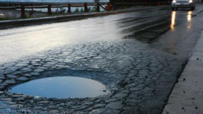 Bariloche deberá pagar daños provocados por un pozo a un remis