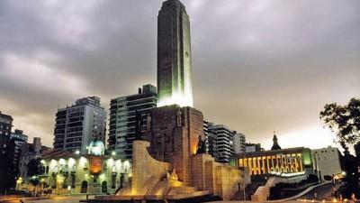 La intendenta quiere que los integrantes de la Policía Comunitaria sean de Rosario
