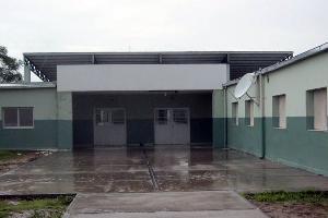 HISTÓRICA. En Weisburd esperan a la gobernadora Claudia Zamora para la habilitación de la escuela 1011, que tiene una población de 500 alumnos.