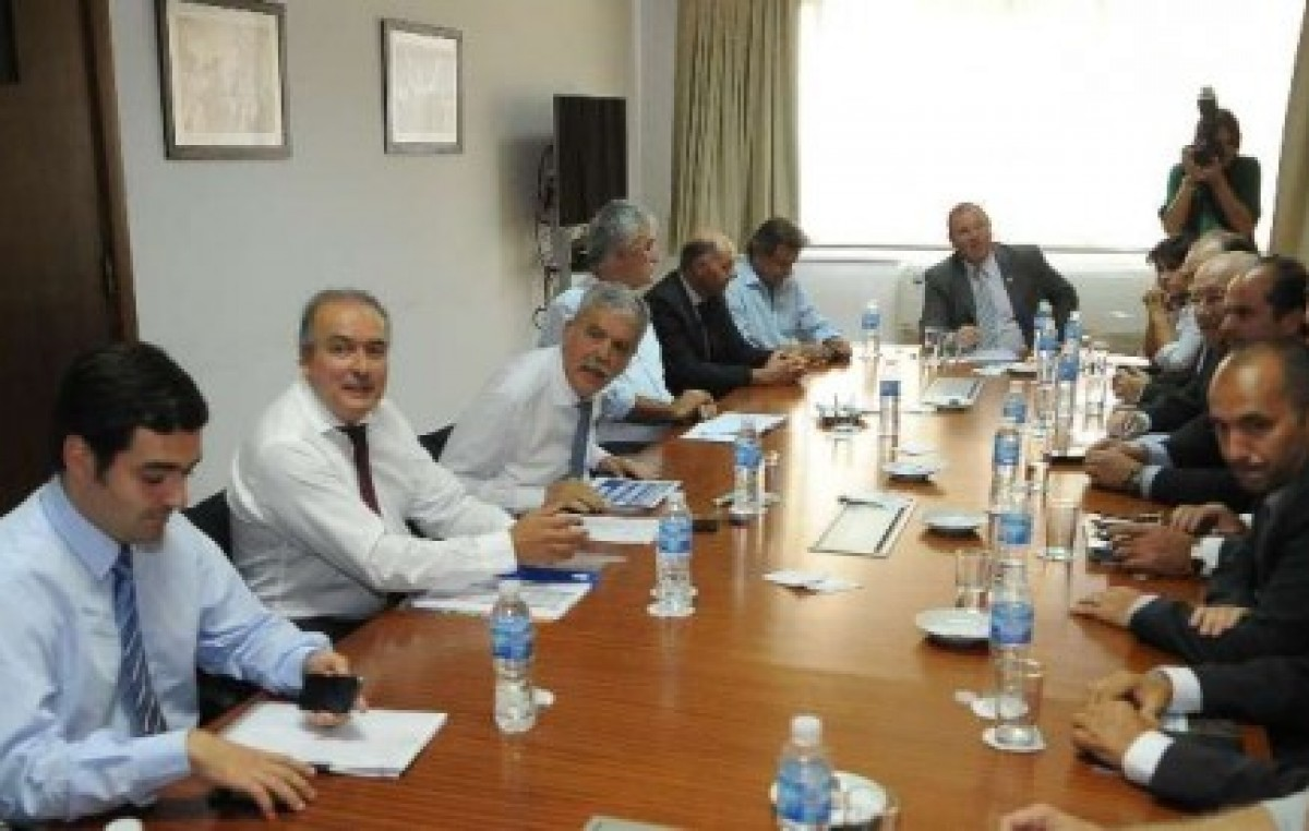 De Vido e Intendentes de la 5ª ratificaron el monitoreo de precios de la construcción