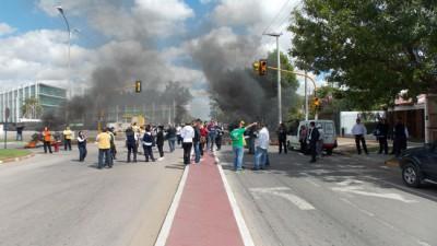 Santa Rosa: Hidráulica se suma al paro, pero hay una nueva oferta a los trabajadores de Tránsito