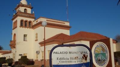 Villarino selló acuerdo salarial con trabajadores municipales